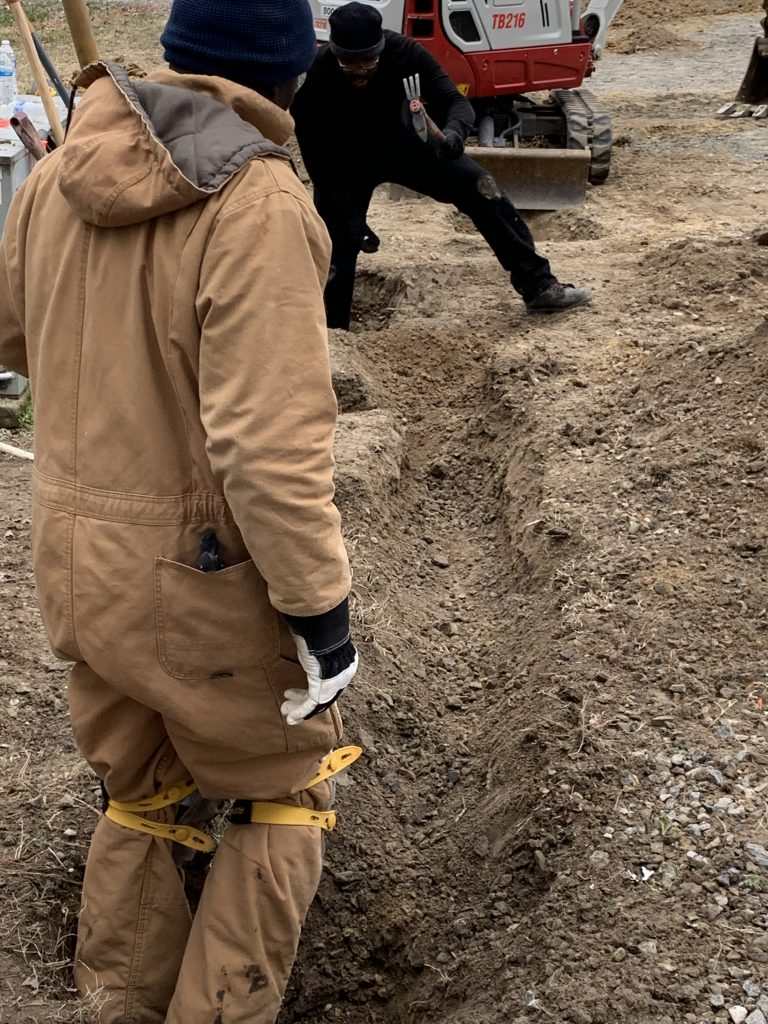 PROJECTS RF USA. Image 4.  Open ditch for installation of fiber optic cable (06/03/2019)