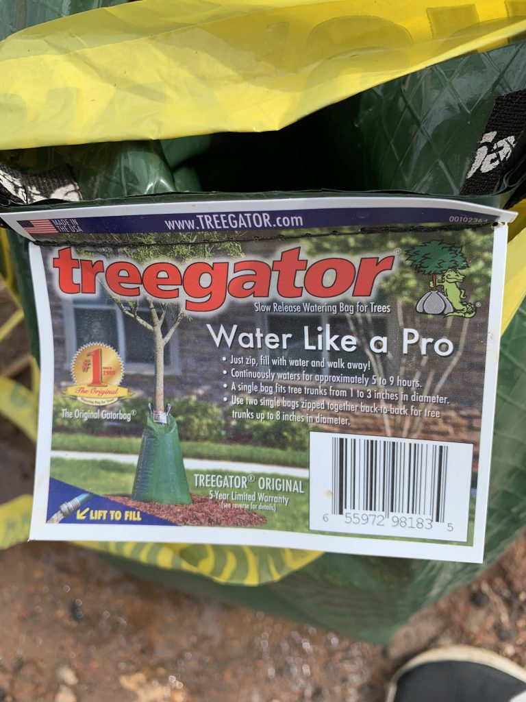 PROJECTSRFUSA. Image 5. Drip irrigation water bags Treegator® (PROJECTS RF USA - AGO2019)