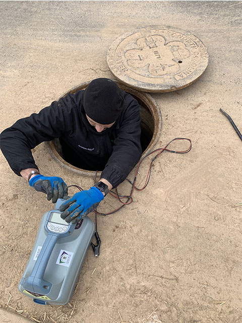 RISK CONSIDERATIONS TO KEEP IN MIND WHEN PERFORMING A WORK IN A CONFINED SPACE.